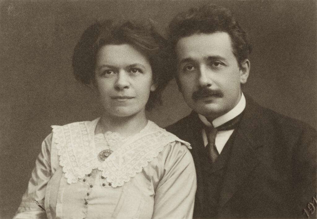 Mileva Maric und Albert Einstein. © ETH-Bibliothek Zürich, Bildarchiv / Fotograf: Unbekannt / Portr_03106 / Public Domain Mark