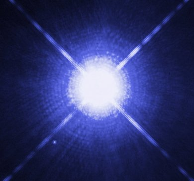 Hubble Space Telescope image of Sirius A and Sirius B